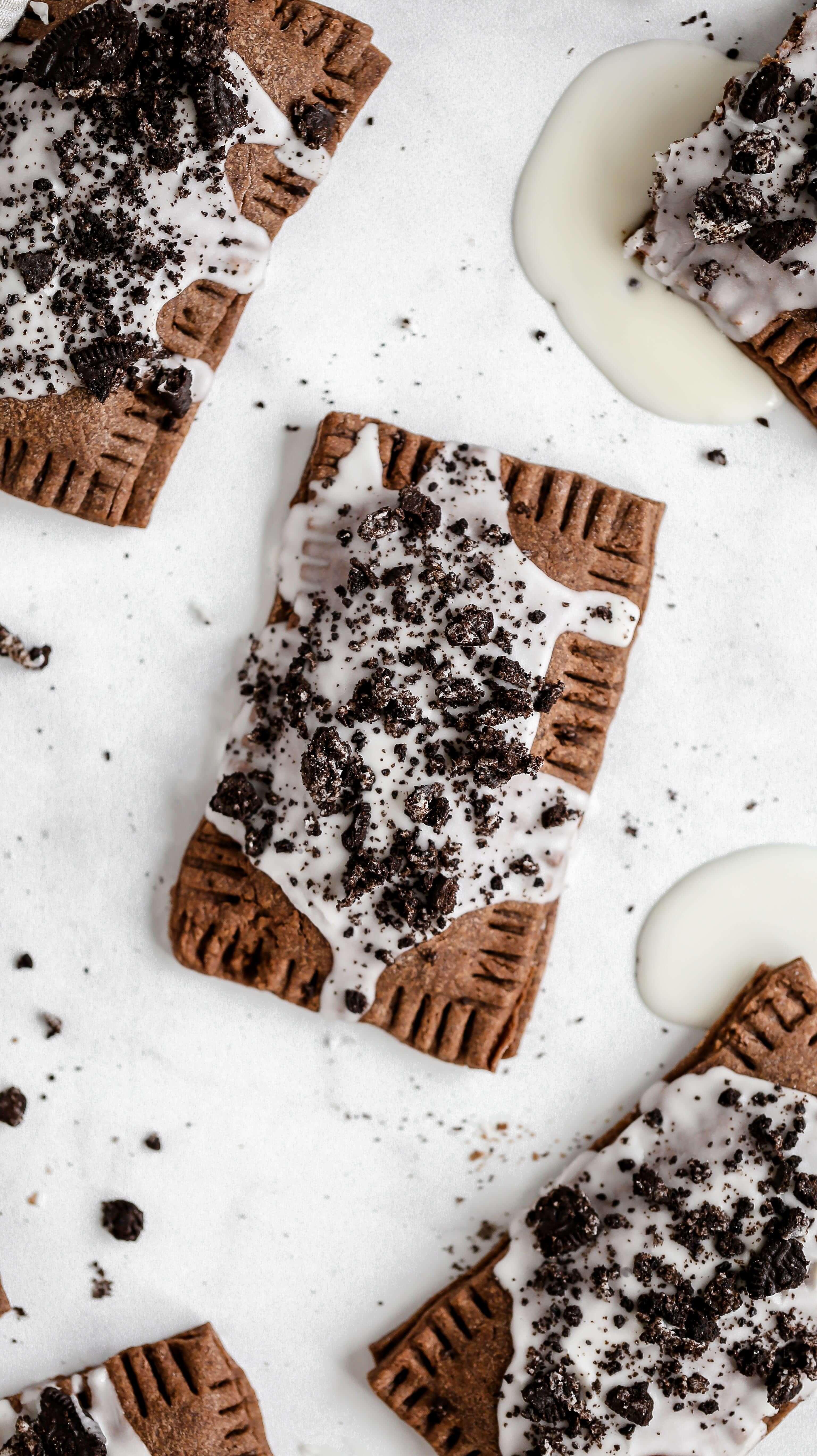 a cookies and cream homemade pop tart