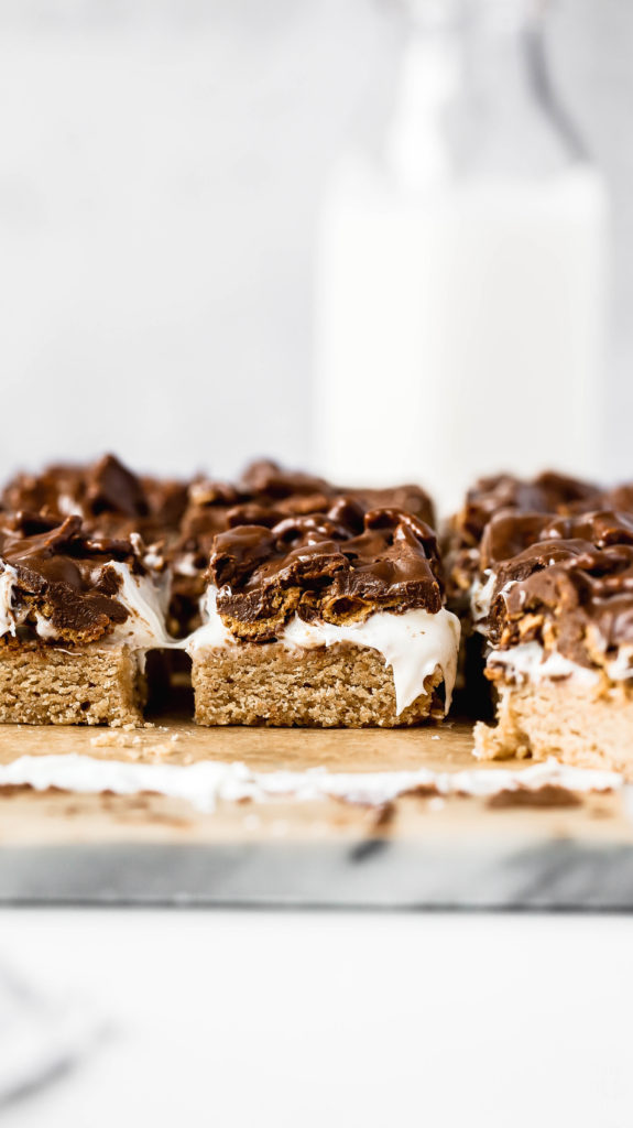showing the layers of this s'mores bar recipe