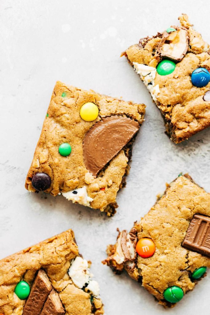 halloween candy cookie bar squares