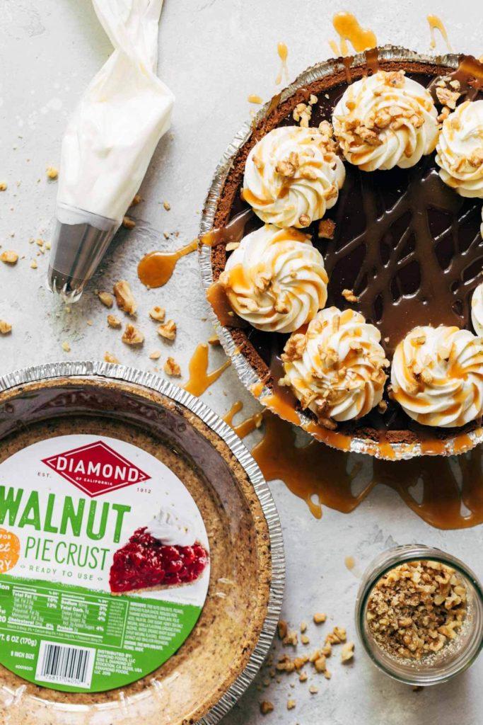 turtle pie with a walnut crust