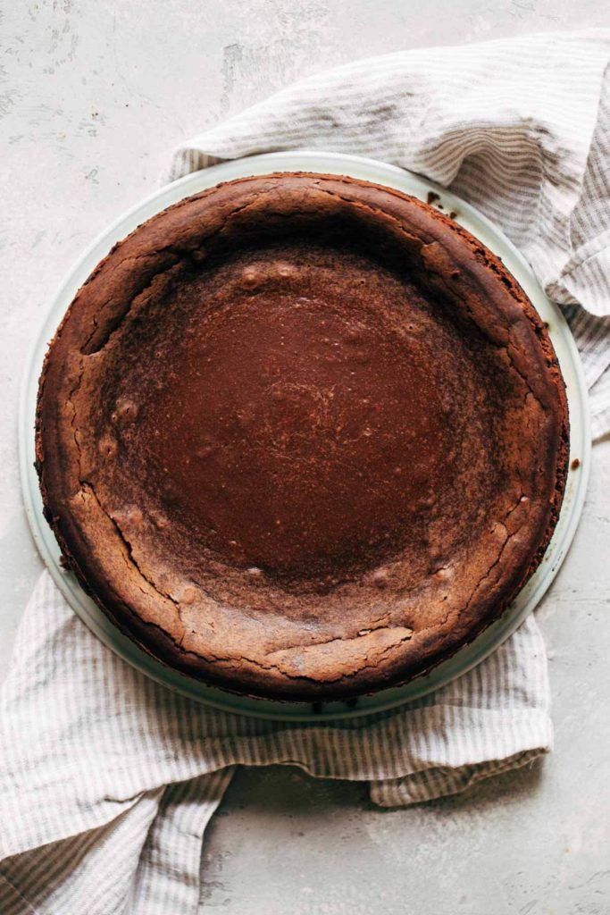 baked chocolate cheesecake