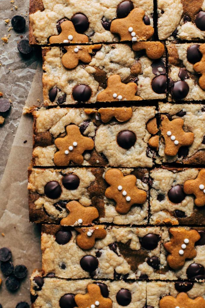 close up on the top of gingerbread cookie bars