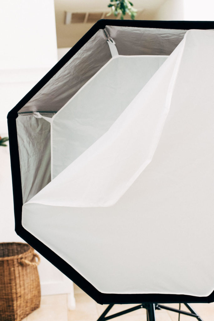 showing layers of diffusing panels inside a softbox