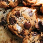 close up on the top of a smores cookie